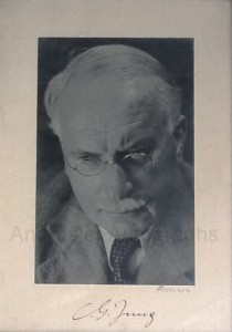 Signed photo of Jung