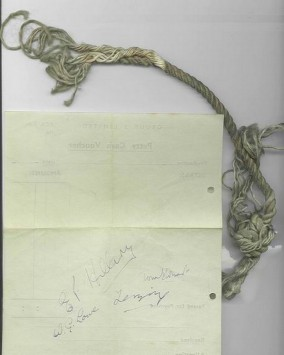 Autograph paper Everest expedition Edmund Hillary, Sherpa Tenzing